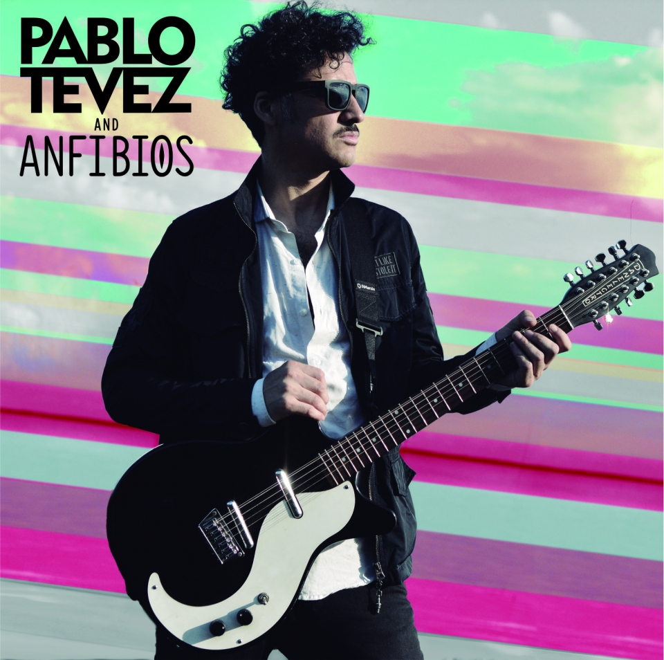 Pablo Tevez and Anfibios