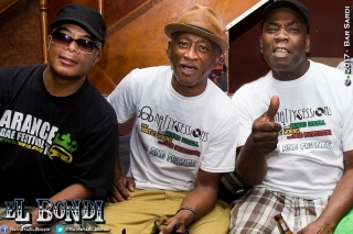 "Dennis Bovell, Henry ""Matic Horns"" Tenyue y Sir Brinsley Forde"